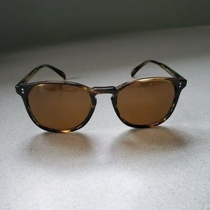 ICONIC Oliver Peoples Finley Esp. Sun